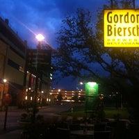 Photo taken at Gordon Biersch Brewery Restaurant by Erik A. on 4/25/2011