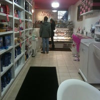Photo taken at The King Of Cupcakes by Hope Anne N. on 1/3/2011