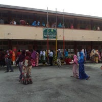 Photo taken at Sekolah Rendah Agama Banting by abu mu'az on 6/30/2012