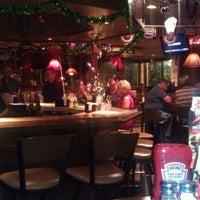 Photo taken at Applebee's by Raptor N. on 12/21/2011