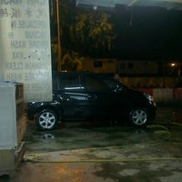 Photo taken at Alan Carwash by CarRental 2. on 7/15/2012