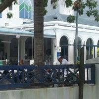 Photo taken at Masjid Alang Iskandar KDSK by Nor Adni A. on 3/2/2012