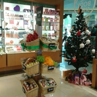 Photo taken at The Body Shop by Fransiska T. on 12/7/2013