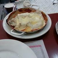 Photo taken at Lanchonete e Restaurante Dona Inês by Ricardo C. on 8/15/2013