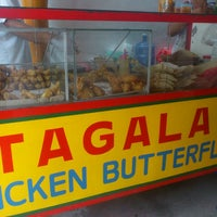 Photo taken at Chicken Tagala by Alf M. on 6/19/2013