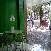 Photo taken at Aero Shake by Gabriela Pimenta on 10/8/2012