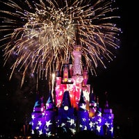 Photo taken at Magic Kingdom® Park by Luis U. on 7/7/2013