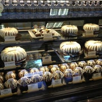 Photo taken at Nothing Bundt Cakes - West Hills by Teresa B. on 10/24/2012