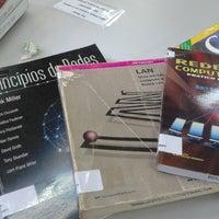 Photo taken at Biblioteca da Faculdade de Tecnologia da Universidad Federal do Amazonas by Heberton d. on 2/12/2015