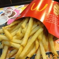 Photo taken at McDonald's by Ѵєяσηιcα ƝσєƖ on 3/3/2013