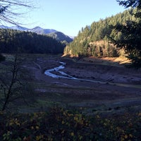 Photo taken at Willamette National Forest by Yui K. on 11/30/2014