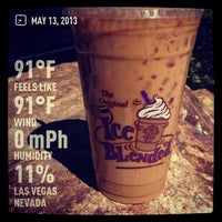 Photo taken at The Coffee Bean & Tea Leaf by Mitch T. on 5/13/2013