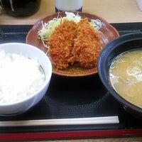 Photo taken at かつや 神奈川座間店 by 園宇右衛門 十. on 5/11/2013