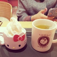 Photo taken at Hello Kitty Cafe by S on 12/5/2013
