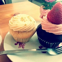 Photo taken at Cupcake Berlin by Lara L. on 9/22/2012