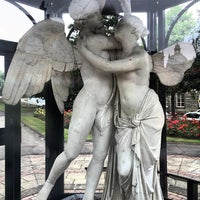 Photo taken at Crescent Gardens by Heather D. on 7/21/2016