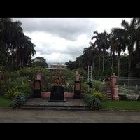 Photo taken at Villa Escudero Plantations And Resort by Mx R. on 9/28/2012