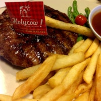 Photo taken at SteakHotel by Holycow! by Endi G. on 8/2/2015