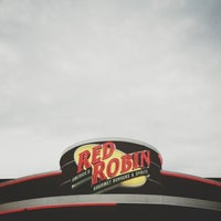 Photo taken at Red Robin Gourmet Burgers by Sean P. on 12/17/2012