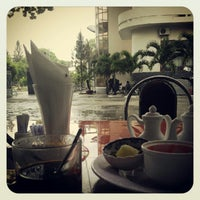 Photo taken at Ninh Thuận Hotel by Đức C. on 9/27/2012