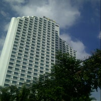 Photo taken at Shangri-La Hotel, Jakarta by Bonny F. on 1/26/2013
