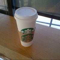 Photo taken at Starbucks by Vicario Brensley P. on 1/10/2013