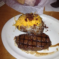 Photo taken at Texas Roadhouse by Breanna I. on 11/22/2012