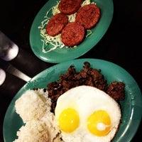Photo taken at Aloha Kitchen by Giancarlo G. on 9/20/2012