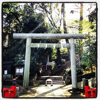 Photo taken at 駒繋神社 by Tetsu O. on 4/12/2014