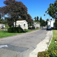 Photo taken at Hollywood Forever Cemetery by Max T. on 8/7/2013