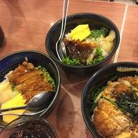 Photo taken at Oishi Ramen by Vii_vaam on 8/17/2016