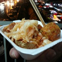 Photo taken at Pasar Malam Taman Connaught 康乐 by Anna Bella W. on 12/12/2012