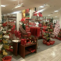 Photo taken at Macy's by Shaquoia T. L. on 9/26/2016