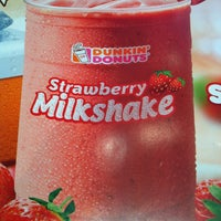 Photo taken at Dunkin Donuts by Shane M. on 6/13/2013