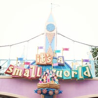 Photo taken at It's a Small World by mei lin c. on 12/28/2012
