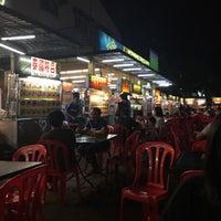 Photo taken at Tar Chong Restaurant by Ezekiel N. on 9/10/2016