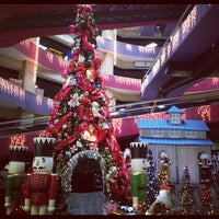 Photo taken at Centro Comercial Macaracuay Plaza by Claudia H. on 12/1/2012