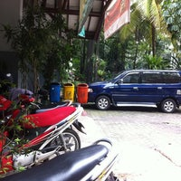 Photo taken at SMPN 13 Jakarta by Couronne D. on 1/21/2013