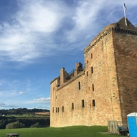 Photo taken at Linlithgow Palace by mika a. on 9/10/2016