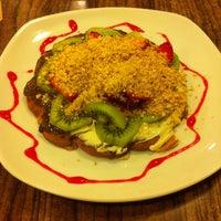 Photo taken at Waffle Edem by Görkem K. on 4/22/2013