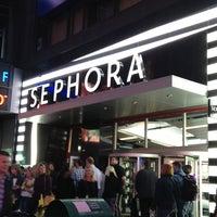 Photo taken at Sephora by Onnicha C. on 4/27/2013