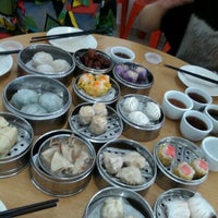 Photo taken at Maxim Dim Sum Restaurant by Justin L. on 9/29/2012