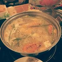 Photo taken at Nhà hàng lẩu Soa Soa by Trí B. on 4/20/2014