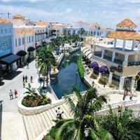 Photo taken at La Isla Shopping Village by jhon M. on 12/2/2012