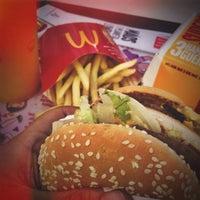 Photo taken at McDonald's by Eduardo S. on 10/8/2014