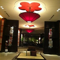 Photo taken at 古名屋ホテル Konaya Hotel by ばんクマ on 4/17/2013