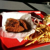 Photo taken at Reddi Chick by Johann A. on 12/23/2013
