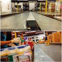 Photo taken at Los Angeles Regional Foodbank by Hemang on 3/29/2014
