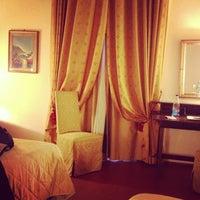 Foto scattata a Hotel Machiavelli Palace Florence da Олеся О. il 1/11/2013