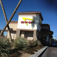 Photo taken at In-N-Out Burger by Derk P. on 1/15/2013